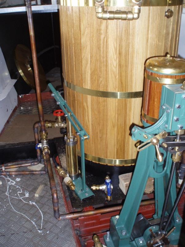Röret för utloppsånga med ventil för omkoppling till utblås via skorstenen